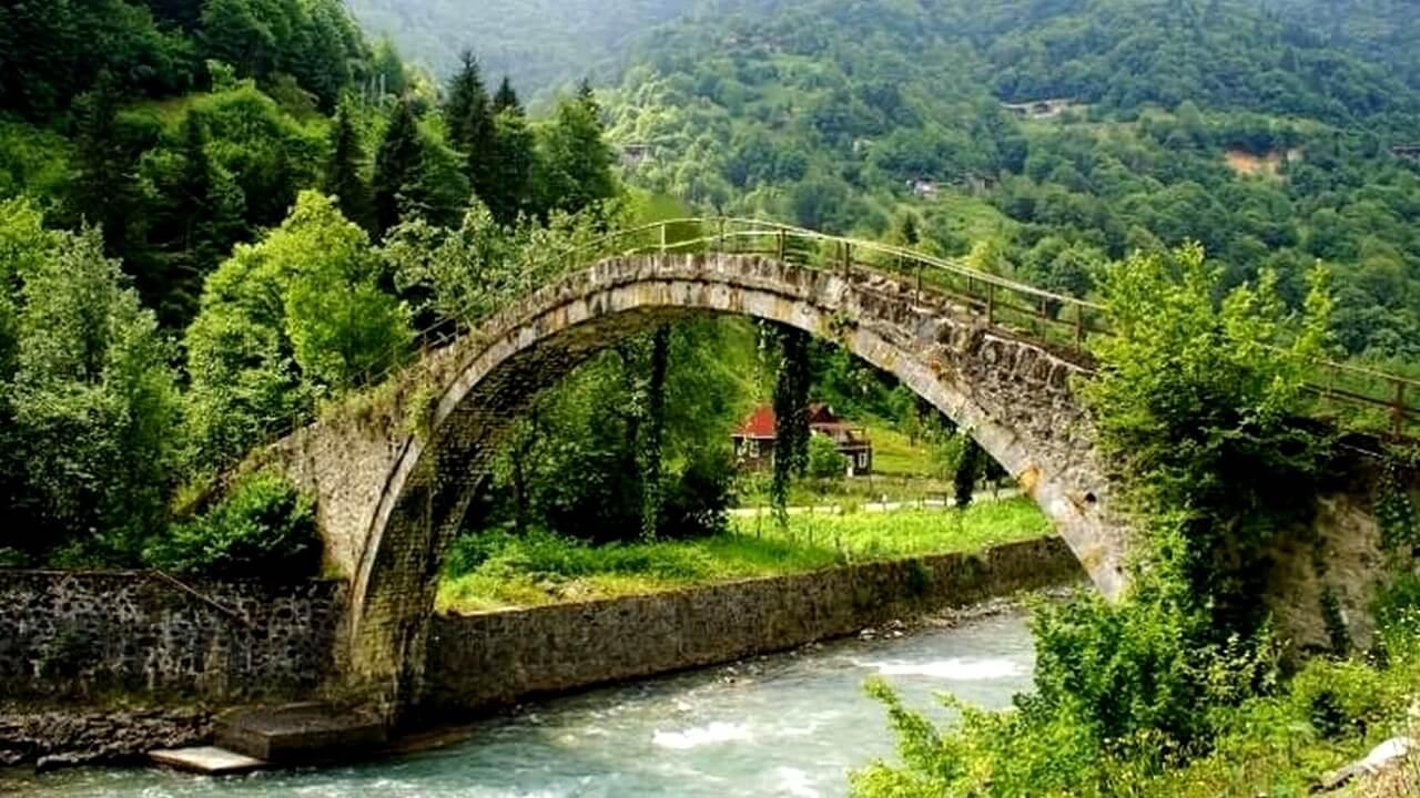 جسر ووادي شان يوفو | ريزا